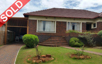 DAWNVIEW, GERMISTON THREE BEDROOM HOME WITH FLATLET IN BOOMED OFF AREA