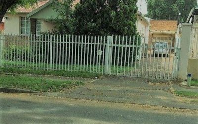 BEZUIDENHOUT VALLEY TWO BEDROOM HOME AND MOTOR VEHICLE